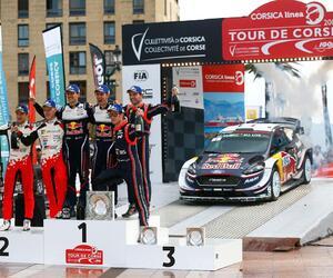 111-podium-corse18