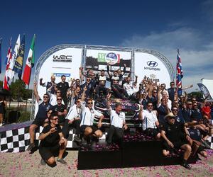 Site5136-podium-mexique18
