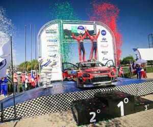 Site6148-podium-mexique19