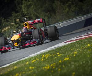 Test-F102-testf1-redbullracing17