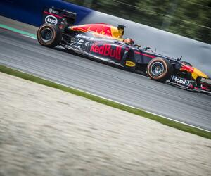 Test-F103-testf1-redbullracing17