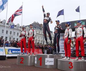 Site5124-podium-wales18