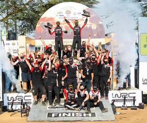 Site4120-podium-safari21
