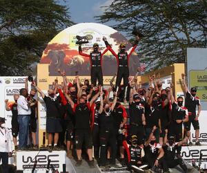 Site4121-podium-safari21