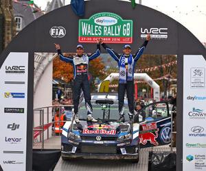 GBR5142-podium-gbr16