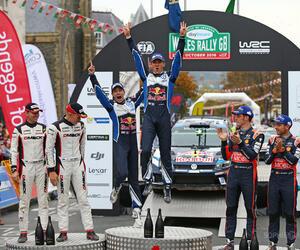 GBR5125-podium-gbr16